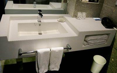 كيف تواجه البكتيريا والملوثات عند الإقامة في أحد الفنادق